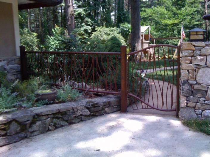Custom Iron Metal Railing and Gate for Yard