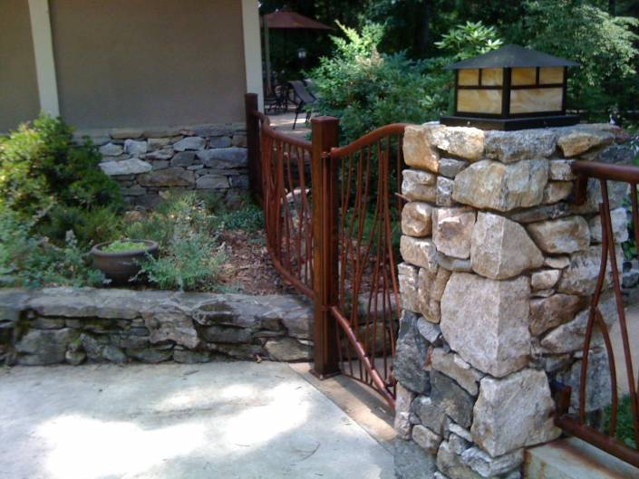 Custom Iron Metal Railing and Gate for Yard