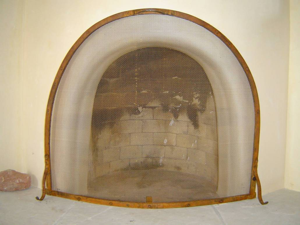 Simple Custom Rounded Fire Screen