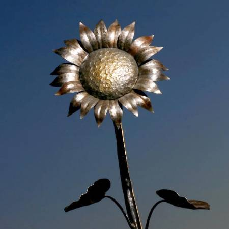 Handmade Forged Metal Sunflower Home and Garden Art